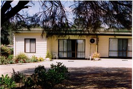 Casuarina Cabins - Hervey Bay Accommodation
