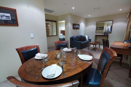 Quality Hotel Powerhouse - Hervey Bay Accommodation
