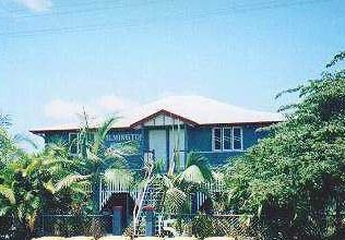 Ayr Backpackers/wilmington House - Hervey Bay Accommodation
