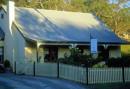 Country Pleasures Bed and Breakfast - Hervey Bay Accommodation