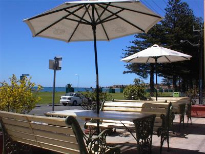 Anchorage at Victor Harbor Seafront Hotel - Hervey Bay Accommodation