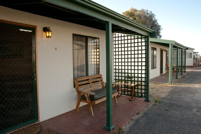 Moonta Bay Road Cabins and Cottages - Hervey Bay Accommodation