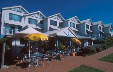 Breakers Apartments Mollymook - Hervey Bay Accommodation
