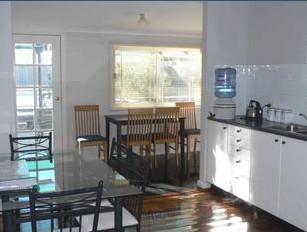 Comfort Cottage - Hervey Bay Accommodation
