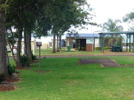 Yarraman Caravan Park - Hervey Bay Accommodation