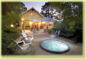 Jacaranda Cottage - Hervey Bay Accommodation