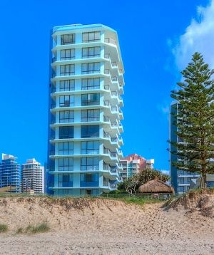 Hibiscus on the Beach - Hervey Bay Accommodation