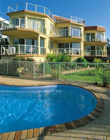 A Baywatch Apartments - Hervey Bay Accommodation