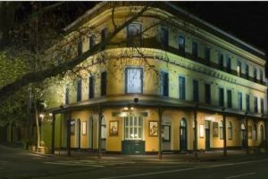 The Royal Exhibition Hotel - Hervey Bay Accommodation