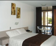 The Edge Hotel - Hervey Bay Accommodation