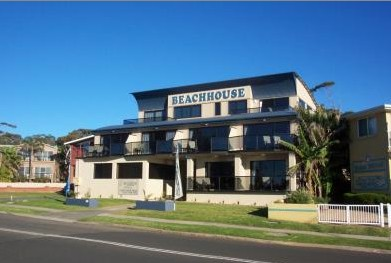 Beach House Mollymook - Hervey Bay Accommodation