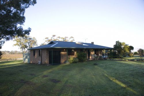 Talga Vines Vineyard Escape - Hervey Bay Accommodation