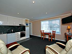 Abbey's On Church - Hervey Bay Accommodation