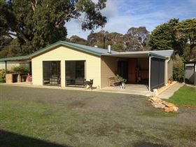 Breakaway Farmstay - Hervey Bay Accommodation