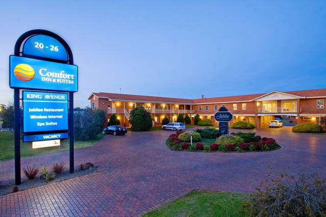 Comfort Inn  Suites King Avenue - Hervey Bay Accommodation