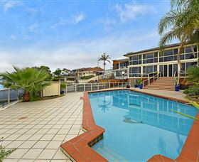 Waterfront Paradise - Hervey Bay Accommodation