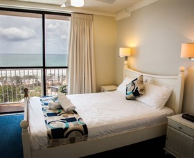 Elouera Tower Beachfront Resort - Hervey Bay Accommodation