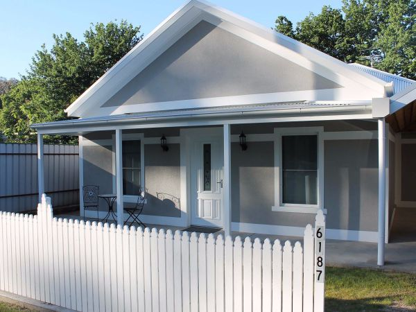Jessie's Creek Cottage - Hervey Bay Accommodation