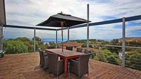 Coral Sands Seaview Beach House - Hervey Bay Accommodation