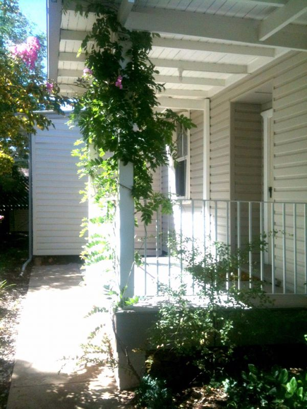 Wisteria Cottage - Hervey Bay Accommodation
