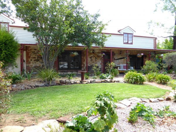 Barossa Barn Bed And Breakfast - Hervey Bay Accommodation