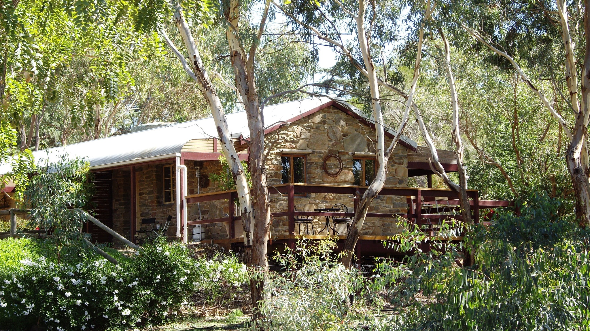 1860 Wine Country Cottages - Hervey Bay Accommodation