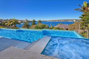 Deep Blue - Hervey Bay Accommodation