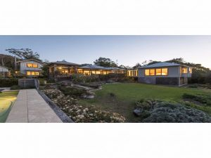 Jamberoo Valley Farm - Hervey Bay Accommodation