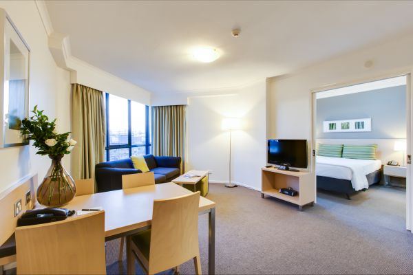 Oakwood Hotel And Apartments Brisbane - Hervey Bay Accommodation