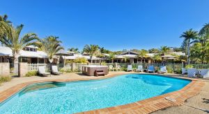Crescent Head Resort And Conferance Centre - Hervey Bay Accommodation