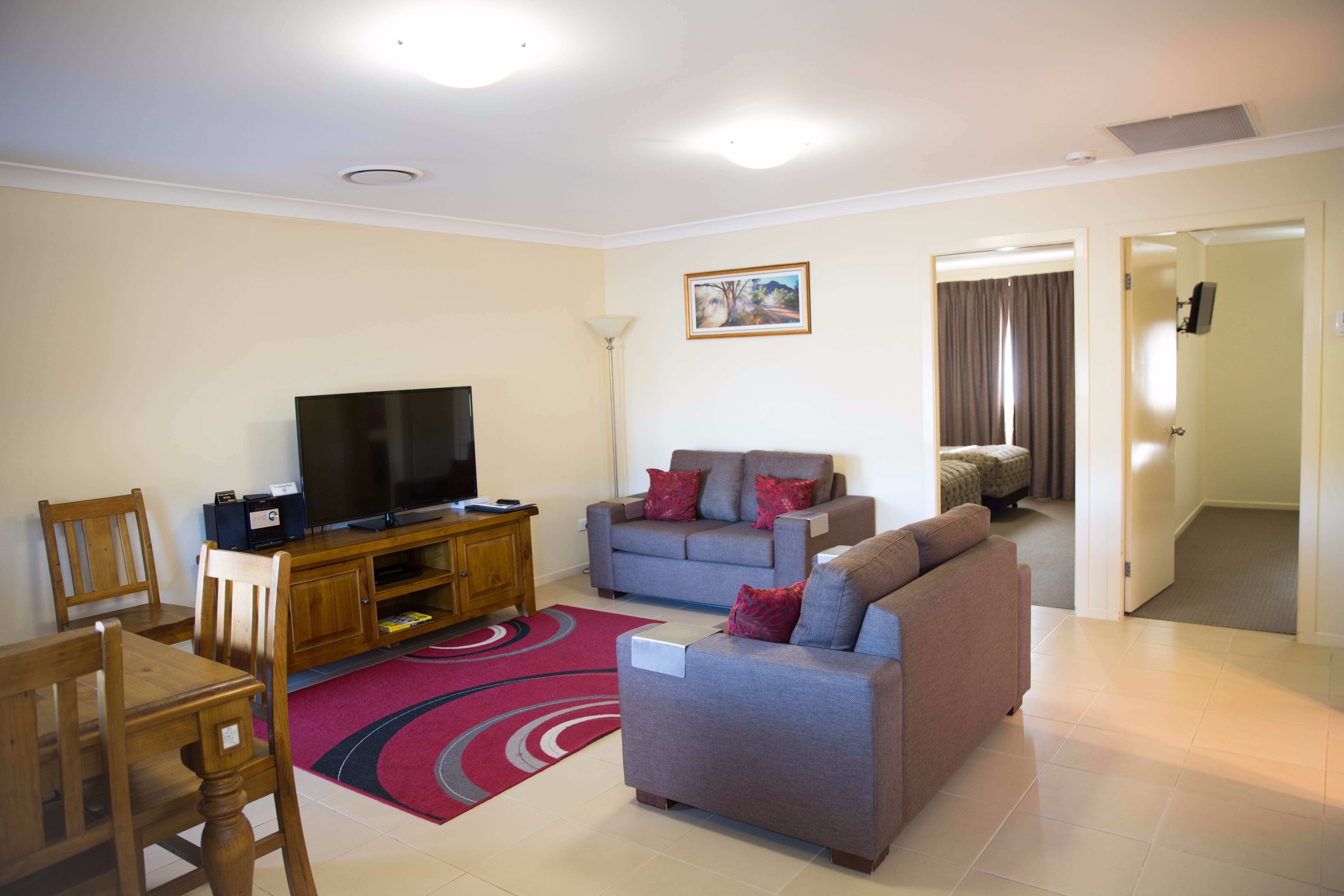 Scone Motor Inn and Apartments - Hervey Bay Accommodation
