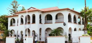The Med Crescent Head - Hervey Bay Accommodation