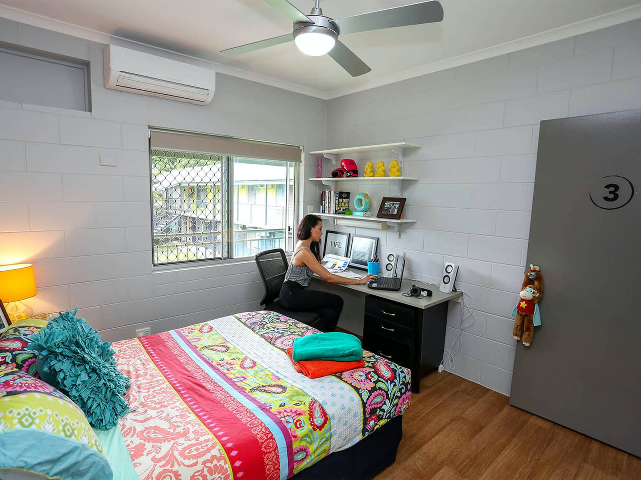 Cairns Student Lodge - Hervey Bay Accommodation