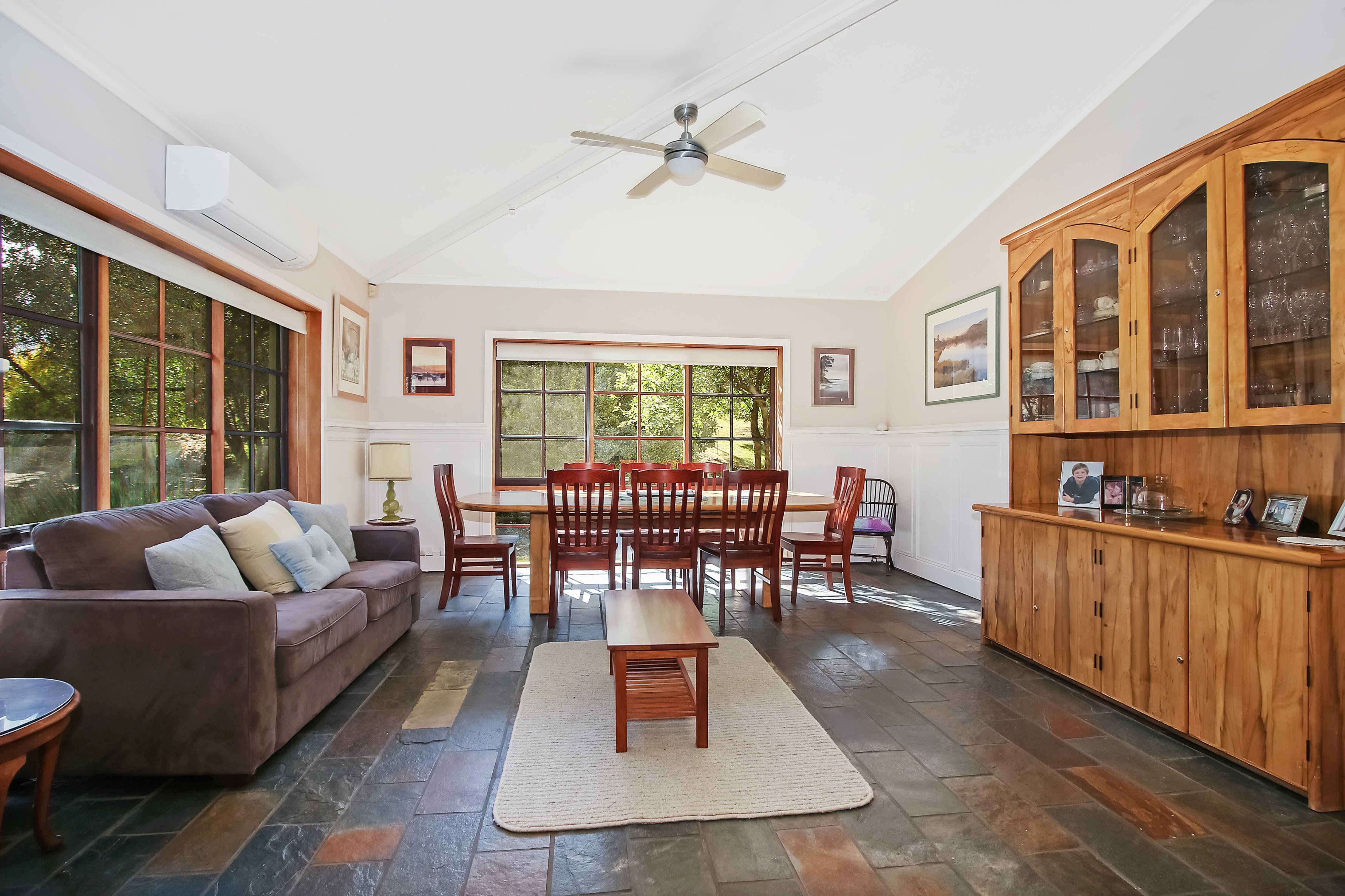 Porepunkah Elms - Hervey Bay Accommodation