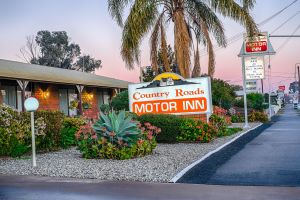 Country Roads Motor Inn - Hervey Bay Accommodation