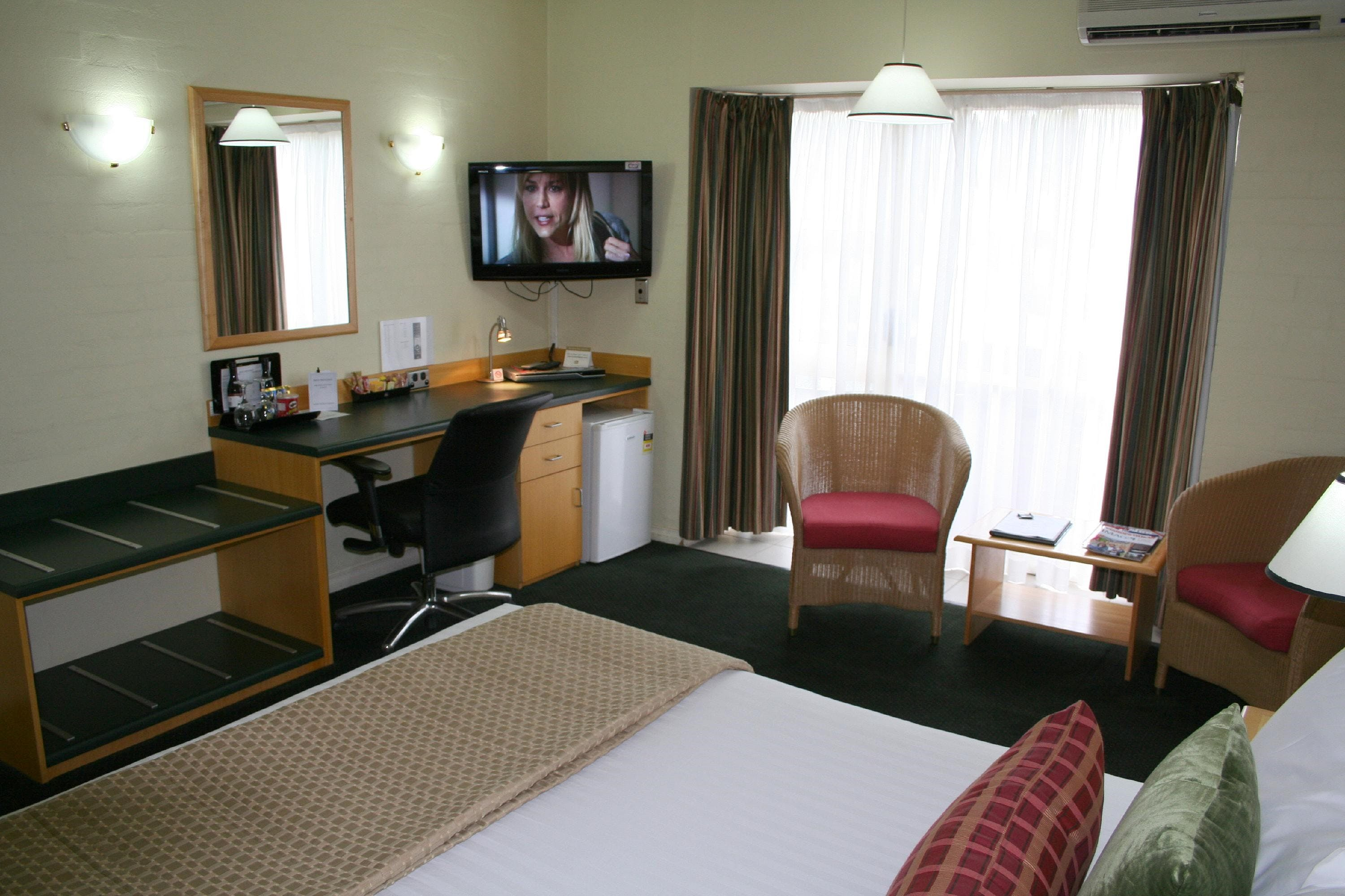 Grand Country Lodge - Hervey Bay Accommodation