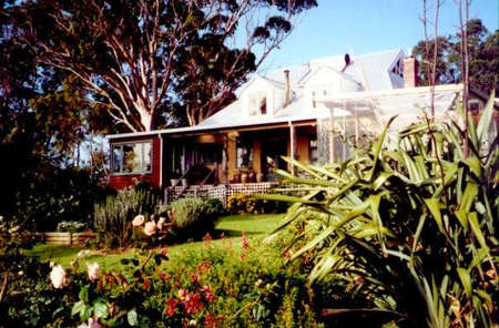 The Sleeping Lady Private Retreat - Hervey Bay Accommodation