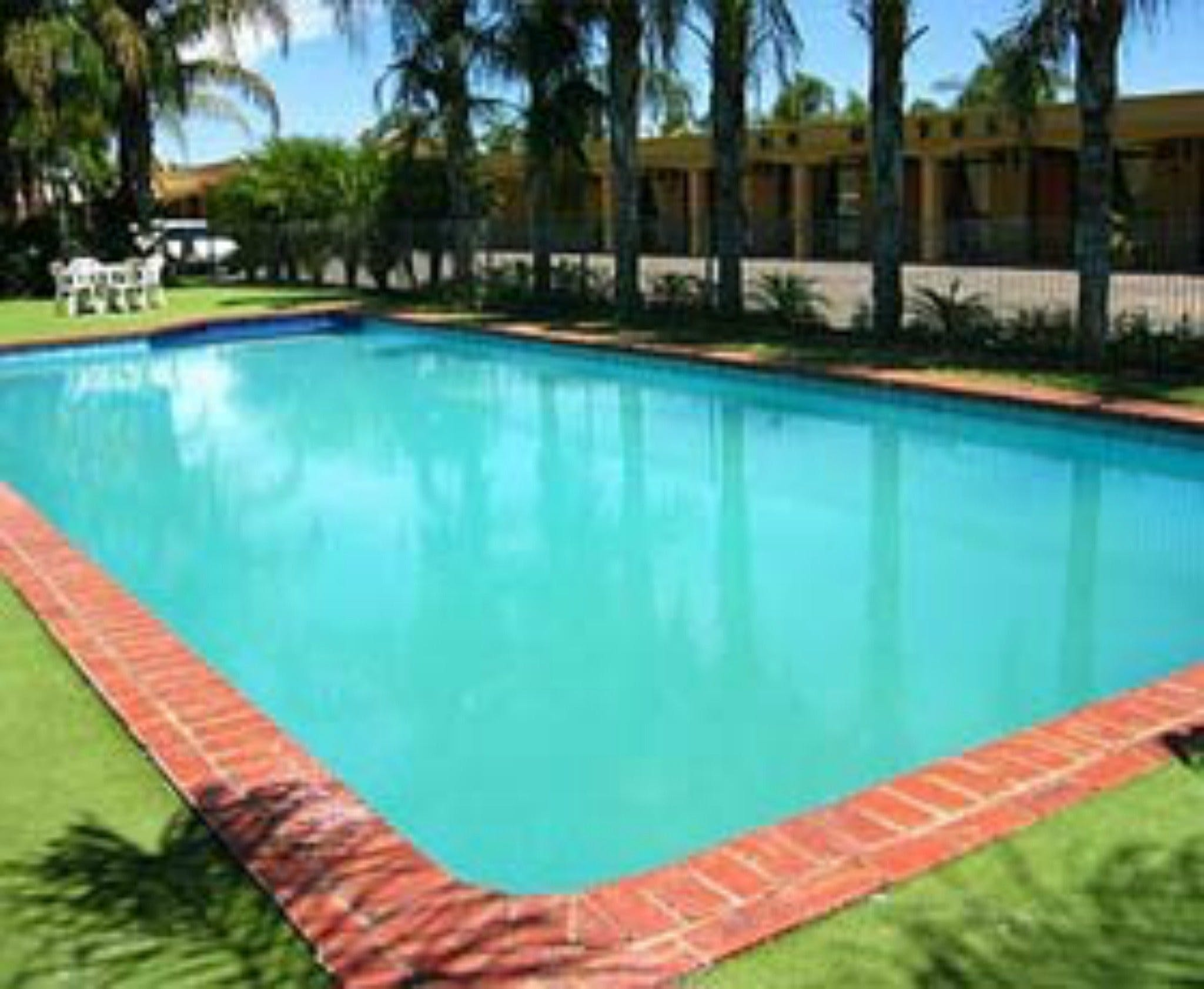 Edge Hotel Motel - Hervey Bay Accommodation