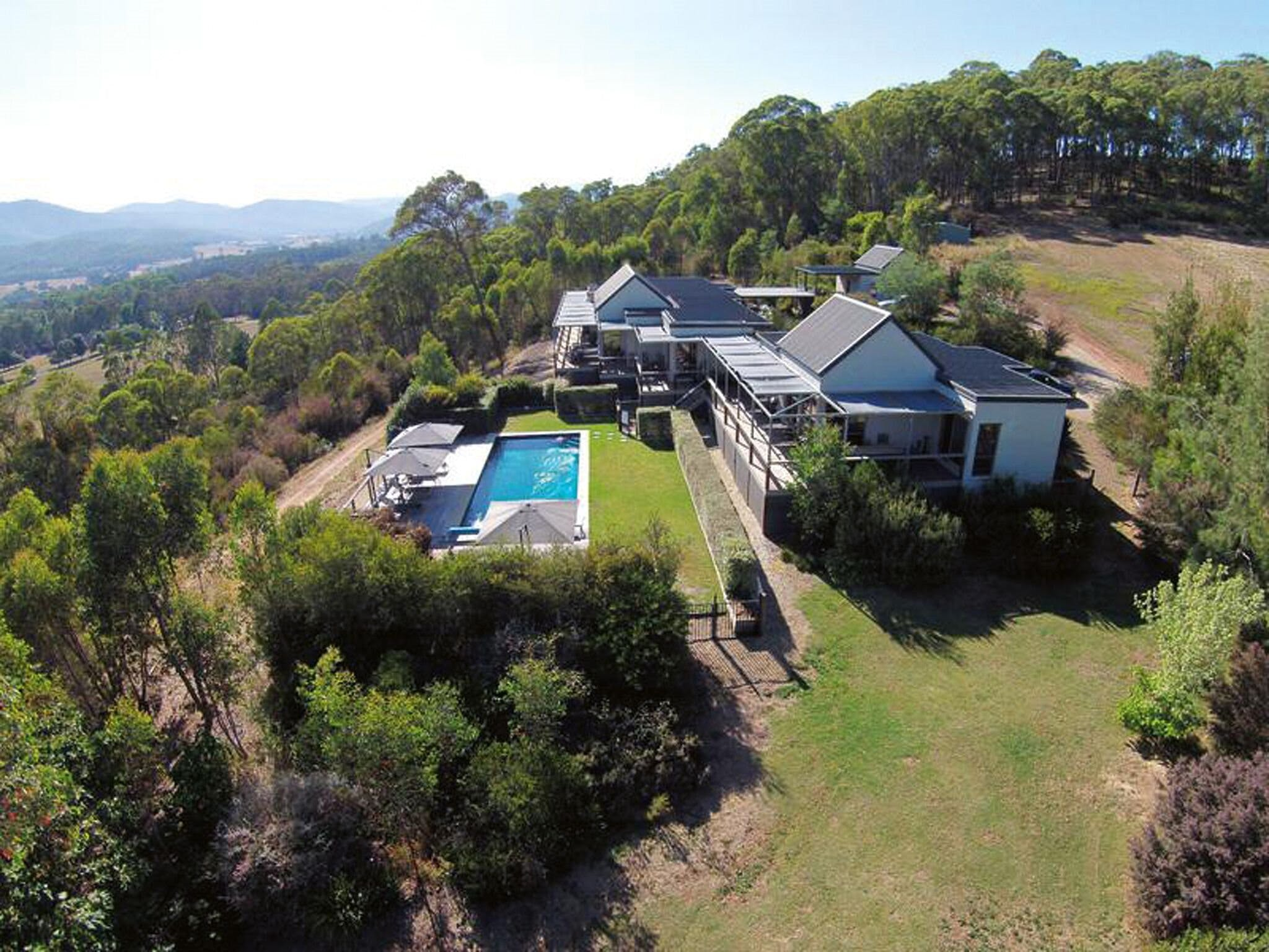 215 Mt Buffalo Retreat - Hervey Bay Accommodation