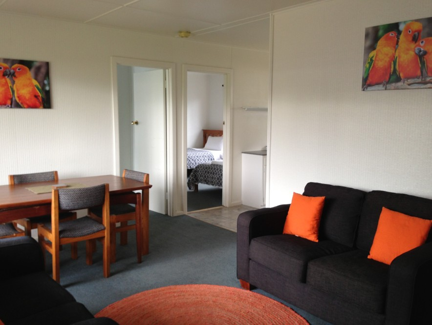 Phillip Island Cottages - Hervey Bay Accommodation