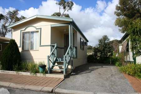 Woodcroft Park Caravan Park - Hervey Bay Accommodation