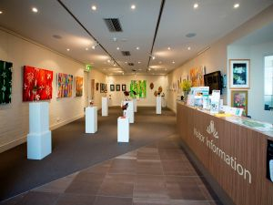Australian National Botanic Gardens Visitor Centre Gallery - Hervey Bay Accommodation