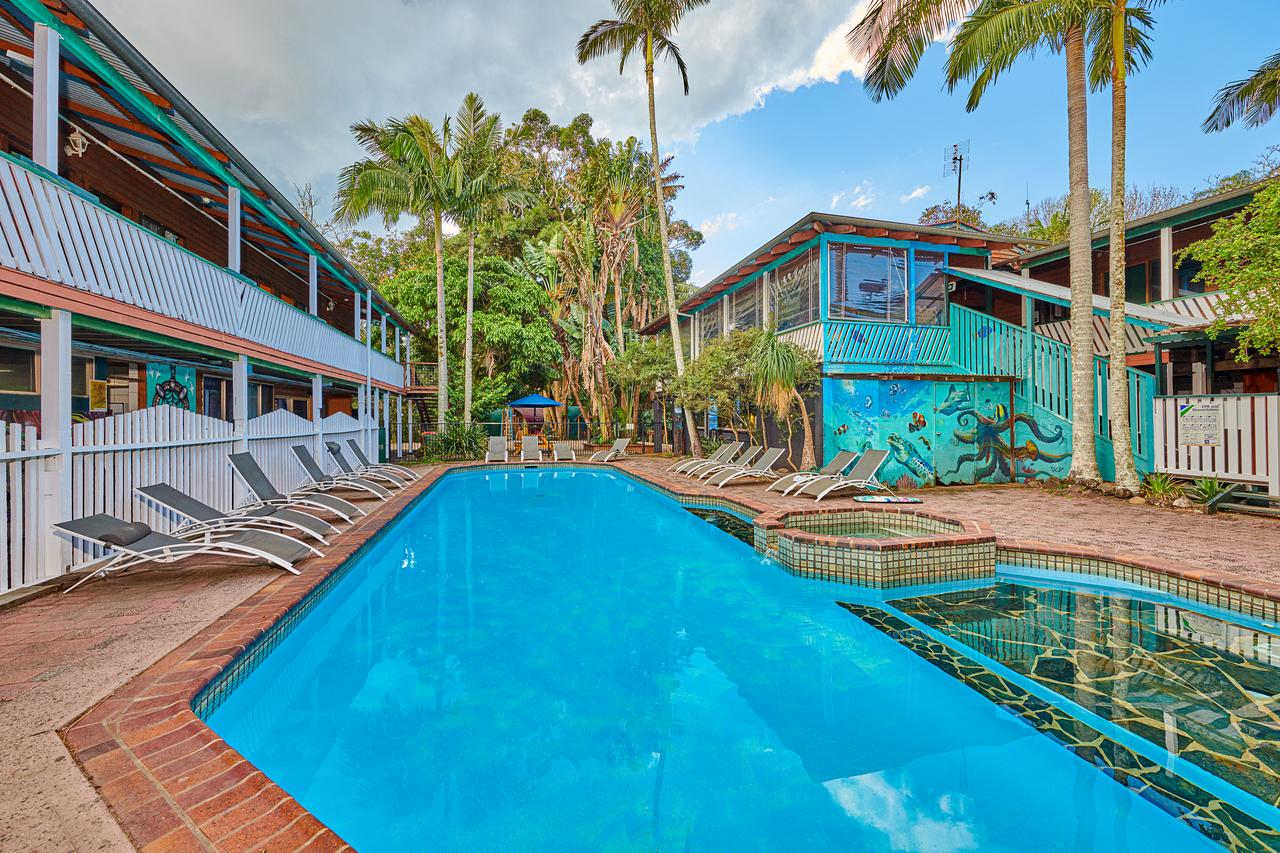 Arts Factory Lodge - Hervey Bay Accommodation